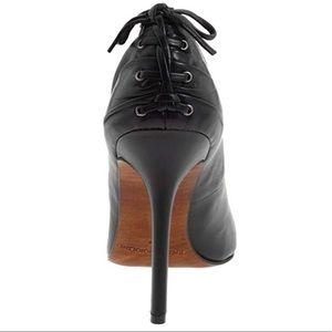 Enzo Angiolini Black Cornel Pump / Heels